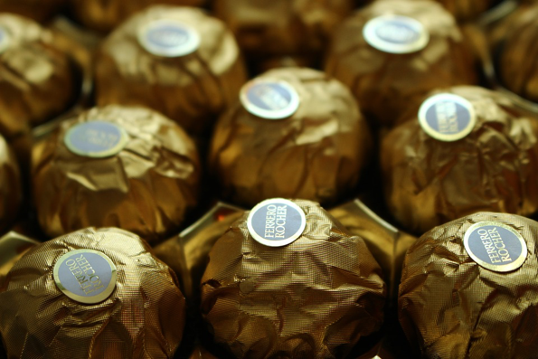ferrero-rocher-pop-up