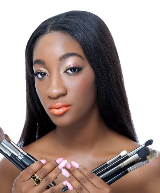 MakeUp Brushes: 5 makeup brushes that should be in your kit