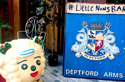 MelanMag.com: Reviewing: Little Nan's - Deptford