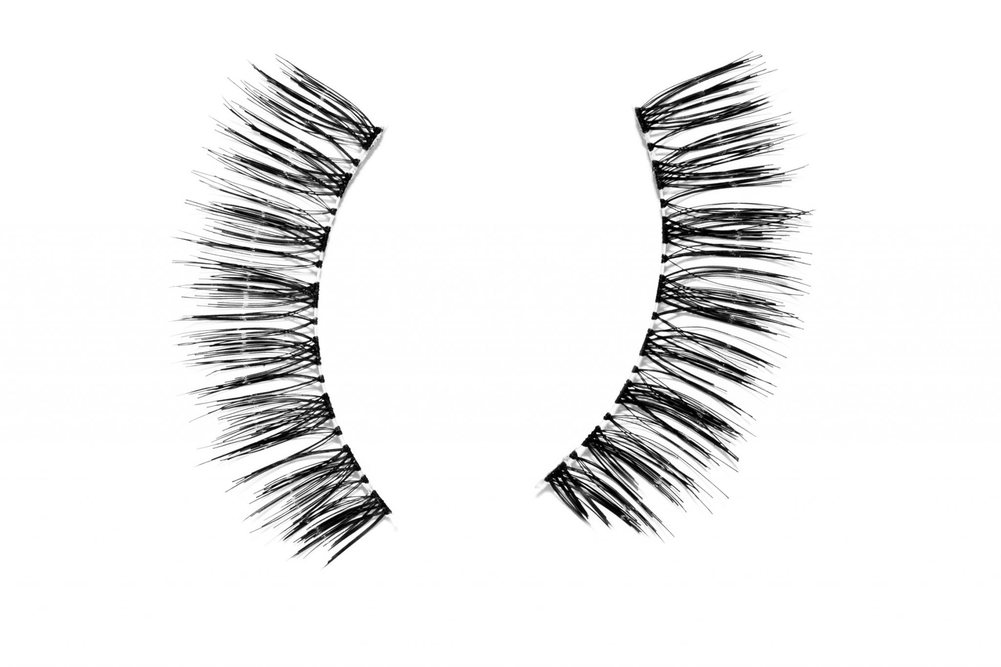 Reviewing: Agnes dos Santos strip eyelashes