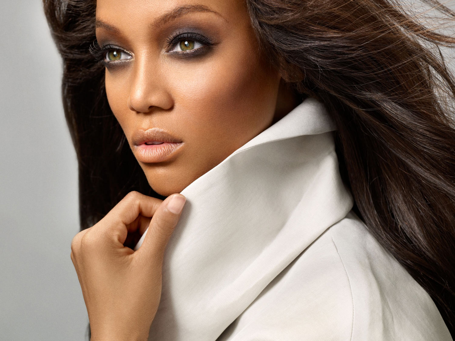 Tyra Banks - Older models can now 'smize' on America's Next Top Model