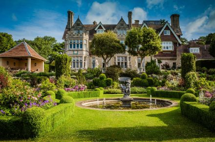 Where are the 10 best hotels in the UK?