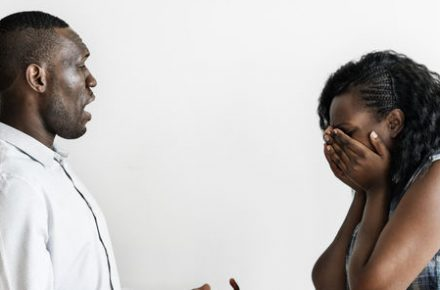 6 ways to help your friend in a toxic relationship