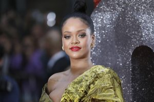 Rihanna eye makeup